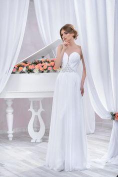"Wedding dress by Belleza e Lusso. Collection ""Piano"" / Свадебное платье от Belleza e Lusso. Evening Dresses, Formal Dresses, Wedding Dresses, One Shoulder Wedding Dress, Piano, Collection, Design, Fashion, Atelier"