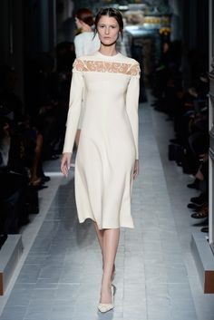 """""""L'heure du jour"""" dress in camomile wool ferronnerie.    http://www.valentino.com/en/collections/haute-couture/"""