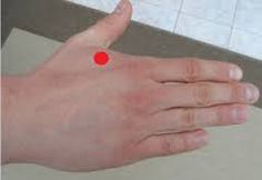 There are a number of acupressure points in your hand, which are related with different body organs. Read on to find what they do respectively.