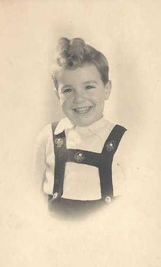 Paul van Gelderen adorable smiling 4 year old from Amsterdam, Netherlands murdered in Auschwitz on September 28,1942.
