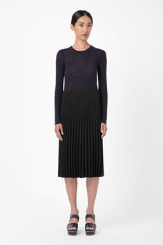COS | Raw-cut pleated skirt