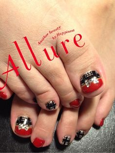 I love this plaid and bow design! Fancy Nails, Love Nails, Pretty Nails, Diy Nail Designs, Winter Nail Designs, Funky Nail Art, Manicure Y Pedicure, Feet Nails, Toe Nail Art