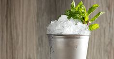 Celebrate Derby Day year-round with the classic refresher, a Mint Julep. Whiskey Cocktails, Bourbon Whiskey, Classic Cocktails, Mint Simple Syrup, Run For The Roses, Cocktail Menu, Derby Day, Thirsty Thursday, Summer Drinks