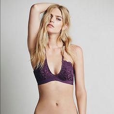 "Free People All For U Bra in orchid | euc sheer lace ""U""-neck bra with adjustable crisscross straps. scalloped lace trimming. stretchy fit. perfect for deep v's or just to peek out of a strappy dress. Free People Intimates & Sleepwear Bras"