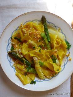 Langmut: Pastateller mit gemischtem Spargel, Orangen-Hollandaise samt frischem Meerrettich   grain de sel - salzkorn   Bloglovin'