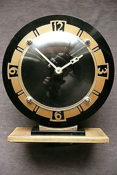 vintage art deco 1950's mantle clock. #bakelite and #brass. #working. smiths 8 d,  View more on the LINK: 	http://www.zeppy.io/product/gb/2/391430904366/