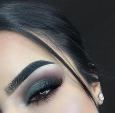 41 Perfect Makeup Ideas for Green Eyes make up colorful Makeup Inspo, Makeup Inspiration, Makeup Tips, Beauty Makeup, Hair Makeup, Makeup Ideas, Makeup Tutorials, Prom Makeup, Makeup Trends