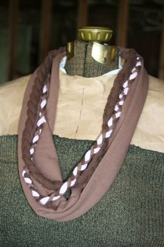 8 Simple to Make No-Sew T-Shirt Scarves (includes links and tutorials)