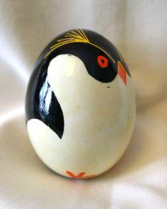 Penguin Pysanka! I love it!