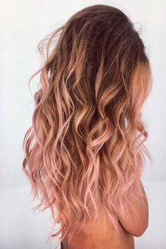 20 rose gold hair color ideas + tips on how to dye - newest .- 20 rose gold hair color ideas + tips on how to color color # ideas # tips Rose Gold Blonde, Ombre Rose Gold Hair, Balayage Hair Rose, Rose Hair Color, Rose Blonde Hair, Long Pink Hair, Pink Color, Rose Gold Toner Hair, Hair Trends