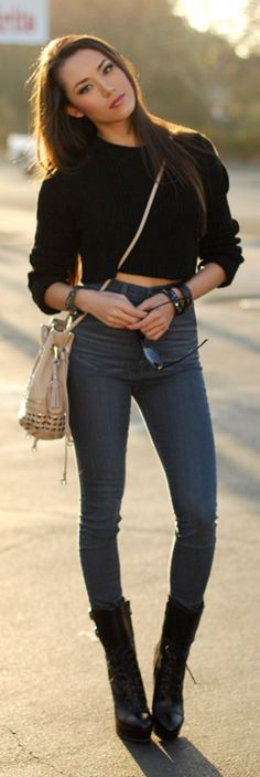 40 Super Chic High Waist Jeans And Skirt Ideas -- I'm in love with her boots