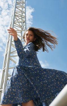 Купить Платье Trends Brands Base 1706_dr091_blue_fl_at недорого: цена, фото, описание - trendsbrands.ru — Trends-Brands