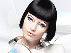 cool futuristic/pix-elated look Futuristic Party, Futuristic Makeup, Futuristic Robot, Robot Makeup, Makeup Tips, Eye Makeup, Graphic Eyes, Robot Costumes, Beauty And The Beat