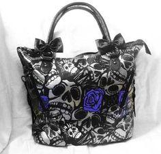 <3 Love this purse!!! <3