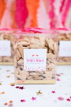 Animal crackers party favors
