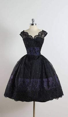Vintage 1950s Black Glitter Flocked Lace Dress