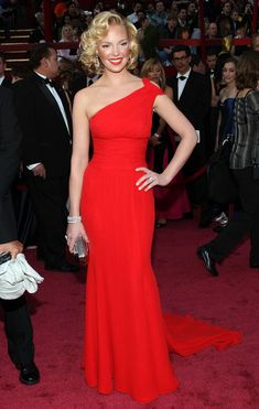 Katherine Heigl One Shoulder Dress - Katherine wears an elegant red one-shoulder gown with a long train.