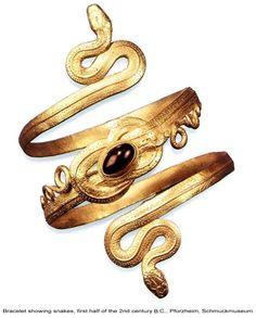 Ancient Greek Snake Bracelet, snake theme revived in romantic Victorian and Edwardian eras Bracelet Serpent, Snake Bracelet, Snake Jewelry, Greek Jewelry, Copper Bracelet, Snake Ring, Bangle, Jewelry Bracelets, Gold Jewellery Design