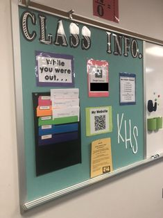 My Secondary Math Classroom - Life on Wallace Rd Modern Classroom, Classroom Design, Decorating High School Classroom, Highschool Classroom Decor, Science Classroom Decorations, Classroom Themes, Classroom Pictures, Classroom Board, Social Studies Classroom