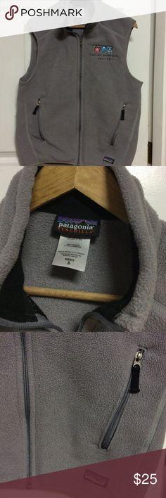 Patagonia vests jacket 100% polyester good condition Patagonia Jackets & Coats Vests
