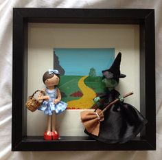 Wizard of Oz, Dorothy and witch box framed peg dolls on Etsy, £50.00