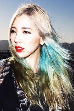 DJ Tokimonsta's rainbow hair