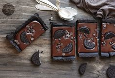 21 easy, no-bake chocolate desserts that will have you at 'hello': The only thing easier than making these no-bake chocolate desserts is eating them No Bake Chocolate Desserts, Chocolate Treats, Cookie Desserts, No Bake Desserts, Chocolate Recipes, Delicious Desserts, Dessert Recipes, Types Of Desserts, Cookie Brownie Bars