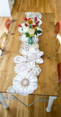DIY Doily table runner | Collection of Creative Ways To Use A Doily