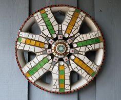 Mosaic hubcap
