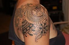 Shoulder Tattoo Design.