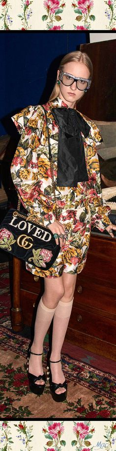 Everyday fashion for you! Gucci Pre Fall 2017, Gucci 2017, Fashion 2017, Runway Fashion, Fashion Dresses, Fashion Trends, Gucci Outfits, Stylish Outfits, Sunglasses Women Designer
