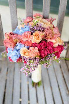 The Veil Wedding Photography, La Mariée en Colère - Galerie d'inspiration, bouquet mariée, mariage, wedding, bride, flowers, fleurs, bouquet de mariée, www.lamarieeencolere.com