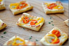 Oh yum! Tomato and Baby Bell Pepper Tartlets by Eat Yourself Skinny