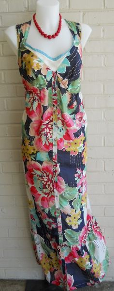 This Silk floral print maxi dress by Johnny Was is perfect with sandals for spring! Available at our Ridge location in a size XL!