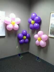 Retirement party balloon flowers