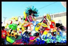 Barranquilla Carnaval, desfile de carrozas batalla de flores Fair Grounds, Travel, Spaces, Ideas, Carnival, Barranquilla, Parade Floats, Ash Wednesday, Colombia