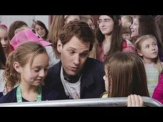 Saturday Night Live: Paul Rudd/One Direction: One Direction Concert Line -- Paul Rudd is Dan Charles, One Direction's #1 fan. -- http://wtch.it/oxgvw