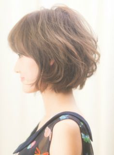 haare How To Choose the Perfect Hair Cut For Young Girls Your daughter or the significant little gir Long To Short Hair, Short Hair With Layers, Short Hair Cuts, Belliage Hair, Bad Hair, Medium Hair Styles, Curly Hair Styles, Chin Length Hair, Androgynous Hair