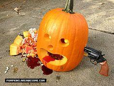 gsw pumpkin 21 random gross and funny pumpkin carvings gallery - Funny Halloween Pumpkin Carvings