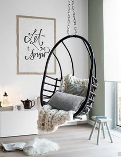 We love hanging chairs, but they're not only wood and fabric. Designers take them to the next level with these original and stylish creations, with metal nests or transparent bubbles. And the result is amazing and inspiring! #celebratedesign #hangingchairs #chairdesign