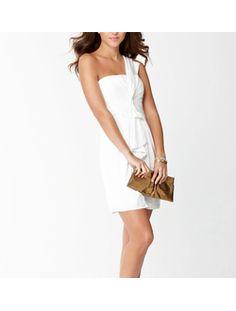 Милое вечернее короткое платье на одно плечо