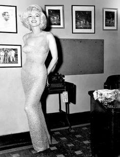 Marilyn photographed at President Kennedy's Birthday Gala, May 19th 1962. Yowza!