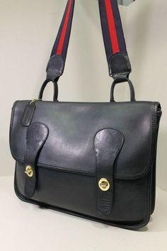 Latest bag and purse for ladies Coach Handbags, Tote Handbags, Coach Bags, Vintage Coach, Vintage Bags, Bags Online Shopping, Shopping Bag, Bonnie Cashin