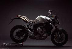 Moto Magazine MV Agusta Brutale