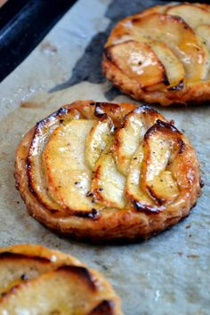 Apple and Vanilla Tartes for leftover puff pastry