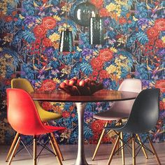 We love the Autumn Collection from Matthew Williamson, can you spot the tigers in this wallpaper? #wallpaper #interiordesign #flowers #bright #tigers #interiordecor #farmoreinteriors