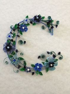 Hey, I found this really awesome Etsy listing at https://www.etsy.com/listing/95064674/paper-quilling-quilling-monogram
