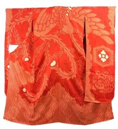 This is a vintage red Juban (undergarment) for Furisode with large auspicious pattern such as phoenix, 'Tachibana' (Japanese green citrus) and 'kikko' (tortoise shell) on cloud, which is dyed