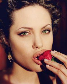 Forbidden Fruit Body Wash Shower Gel 8oz