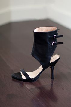 Emerson Fry, New York, Cuff Heel - Black Leather